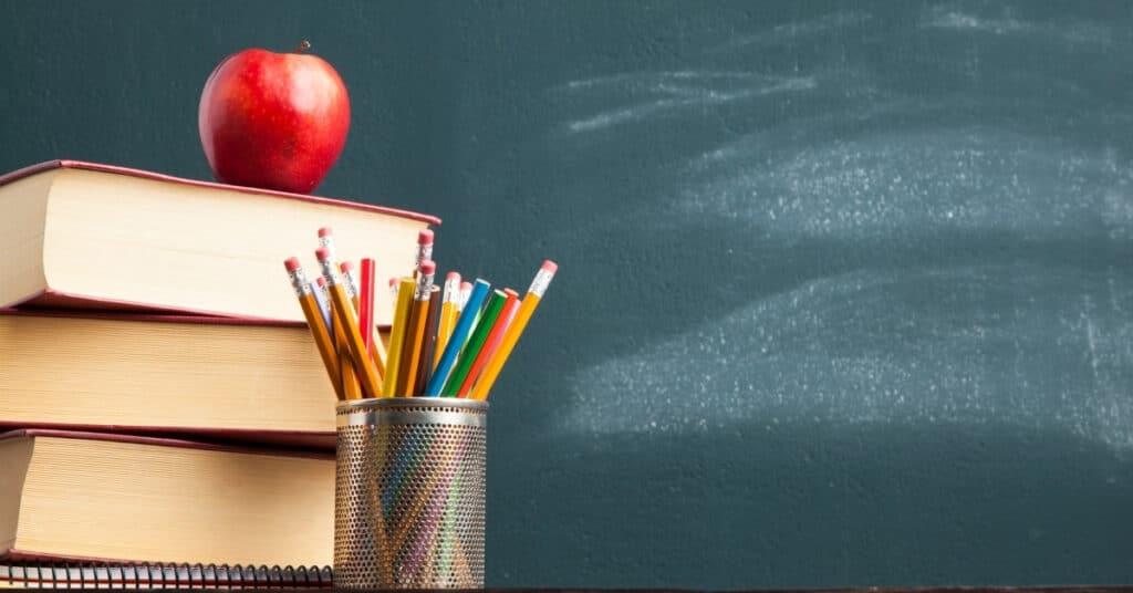 Tablica i akcesoria szkolne